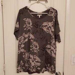 Maurices 2x Grey, white & black Flower Blouse
